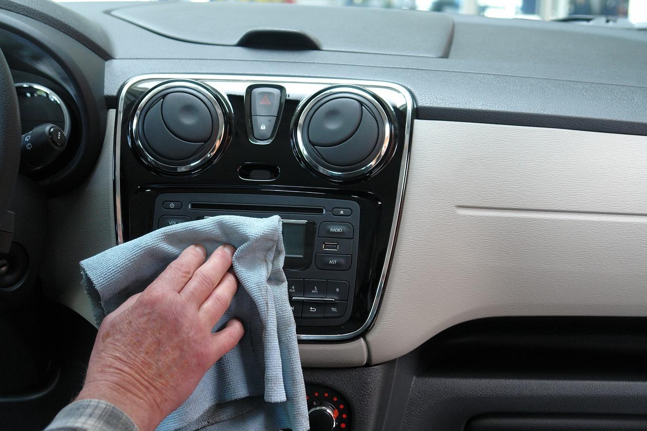 การทำความสะอาดภายในรถยนต์ไม่ใช่เรื่องยาก