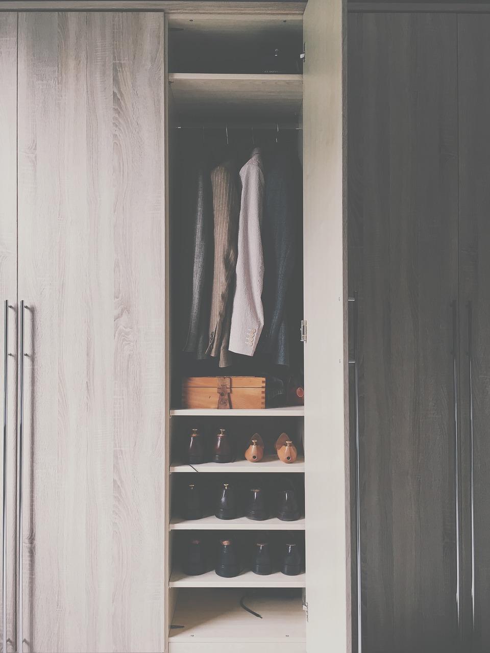 การทำความสะอาดตู้เสื้อผ้า เรื่องเล็กๆ ที่ทุกคนมองข้าม